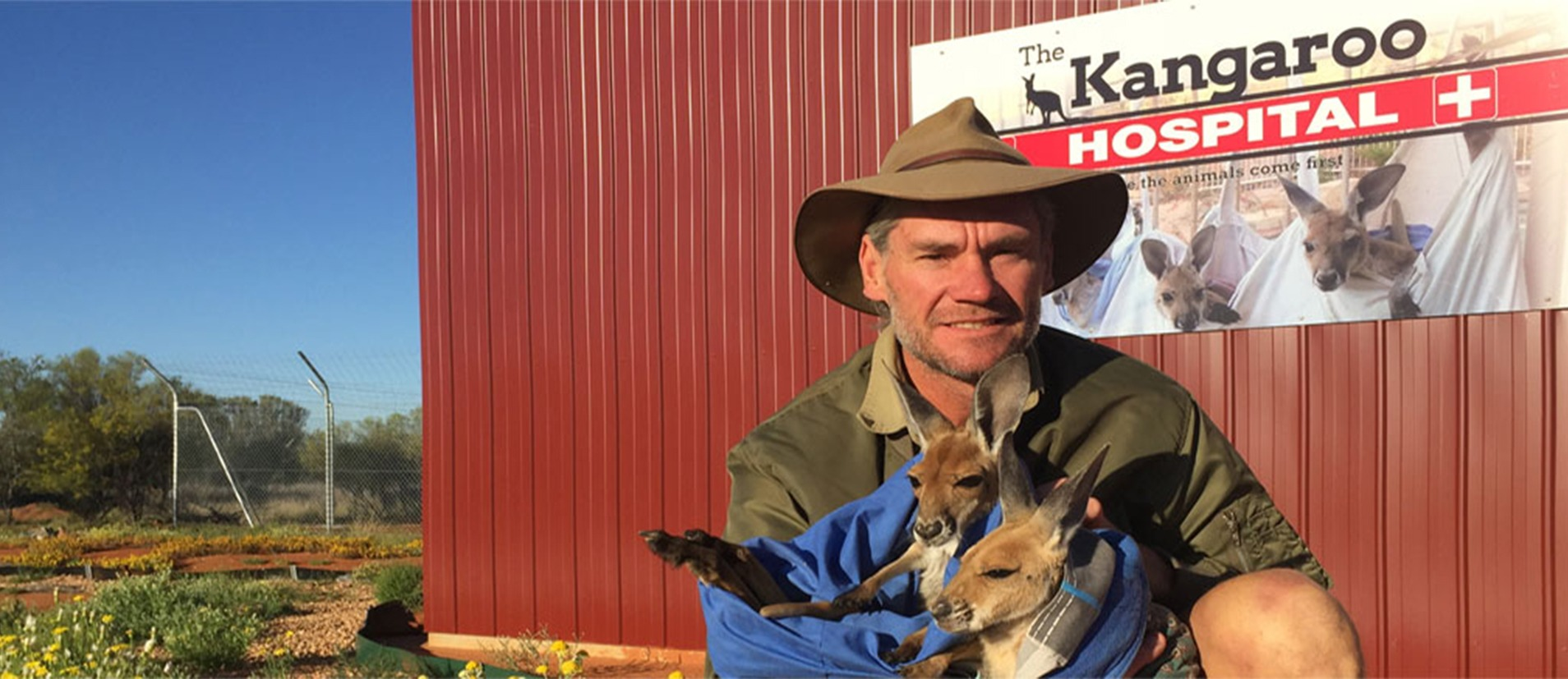 A Day Spent in Alice Springs - The Kangaroo Sanctuary - Globetrotting horse riding holidays