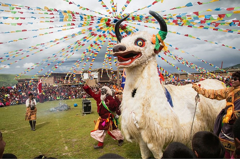 Litang Horse Racing Festival, Sichuan Province, China - photo by Marc Ressang - Globetrotting horse riding holidays