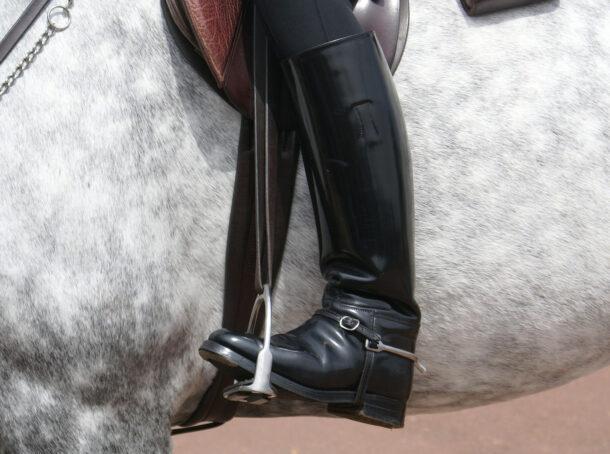 Half Chaps vs Long Boots - photo by Javier Arnau on Pixabay - Globetrotting horse riding holidays