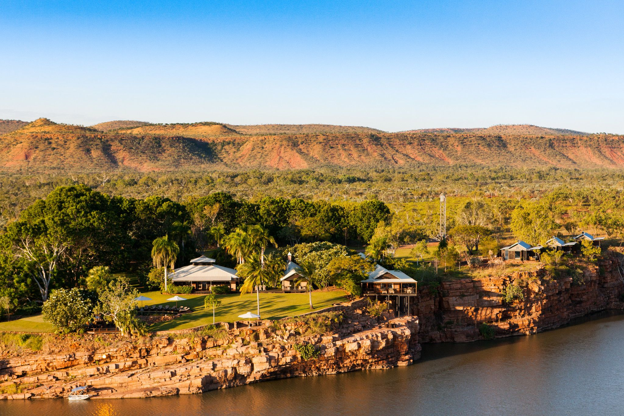 riverview cottages accommodation on hill alt el Questro homestead on the kimberley ride horse riding holiday by globetrotting