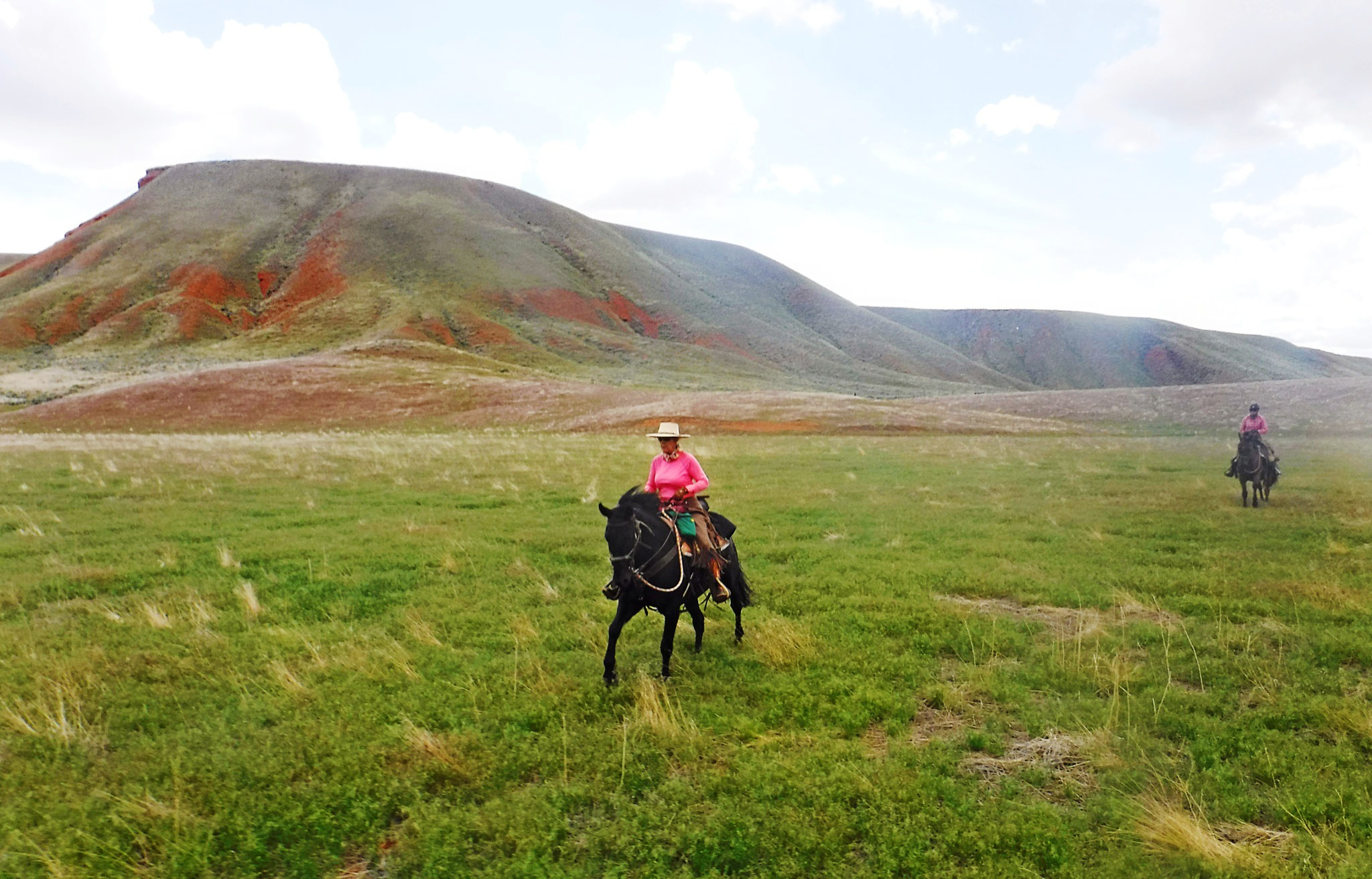 Shell, Wyoming - Globetrotting horse riding holidays