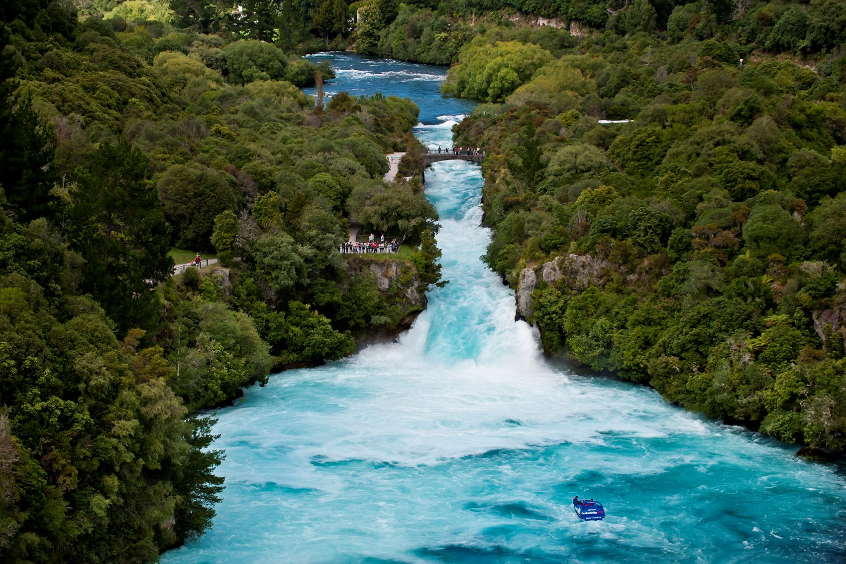 A Day Spent Taupo - Love Taupo - Globetrotting horse riding holidays