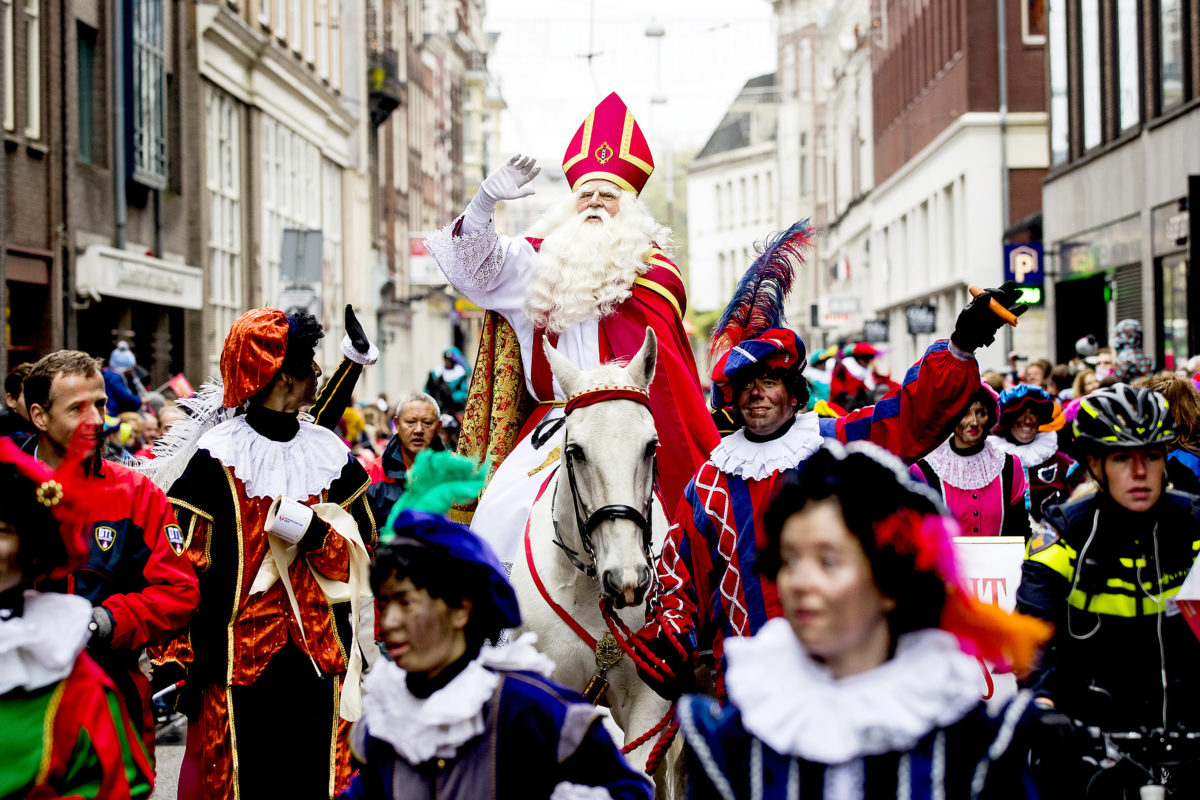 Sinterklaas: like Santa, but better