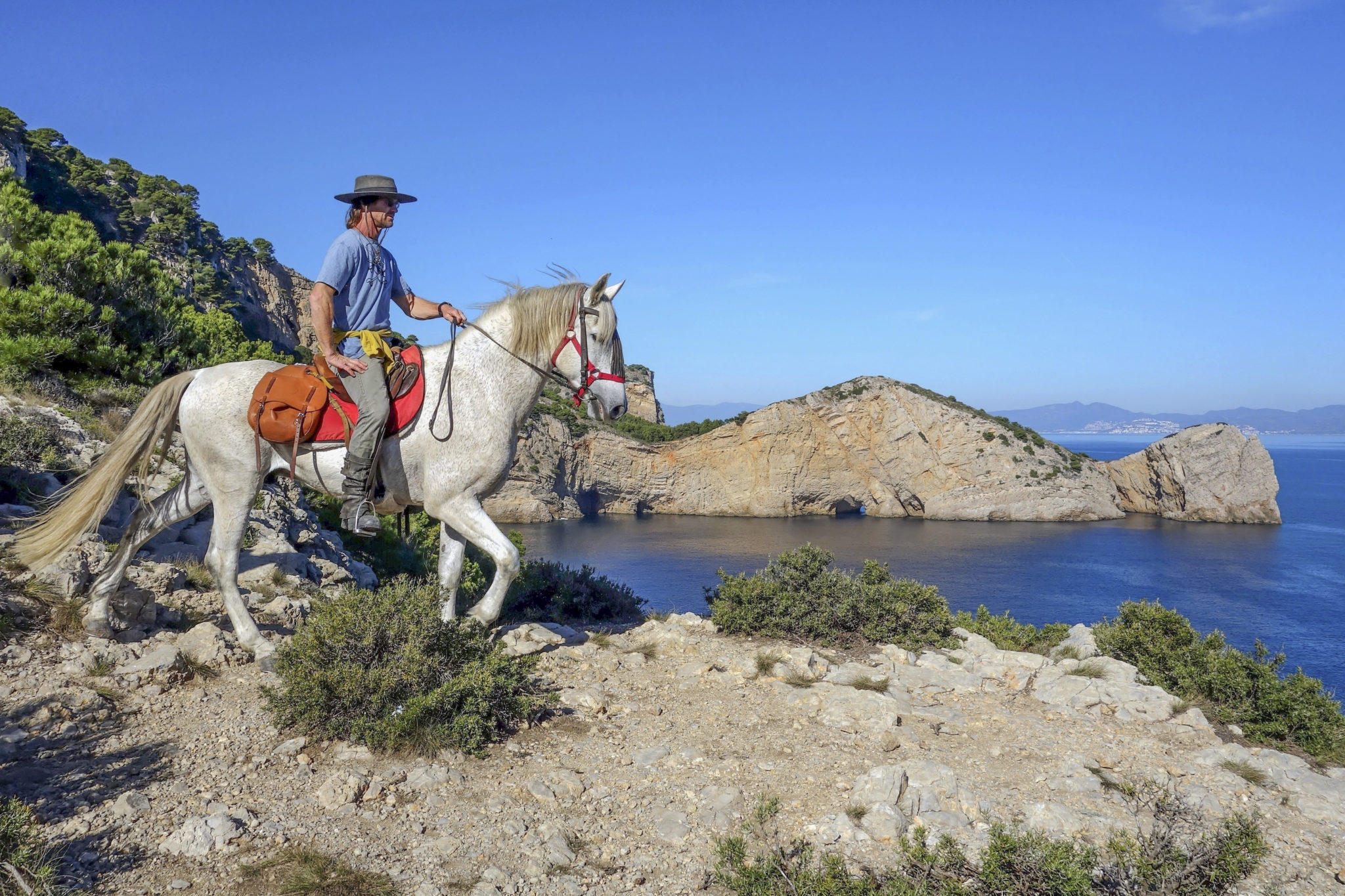 Globetrotting guide Rudi Stolz horse riding holiday in Catalonia, Spain