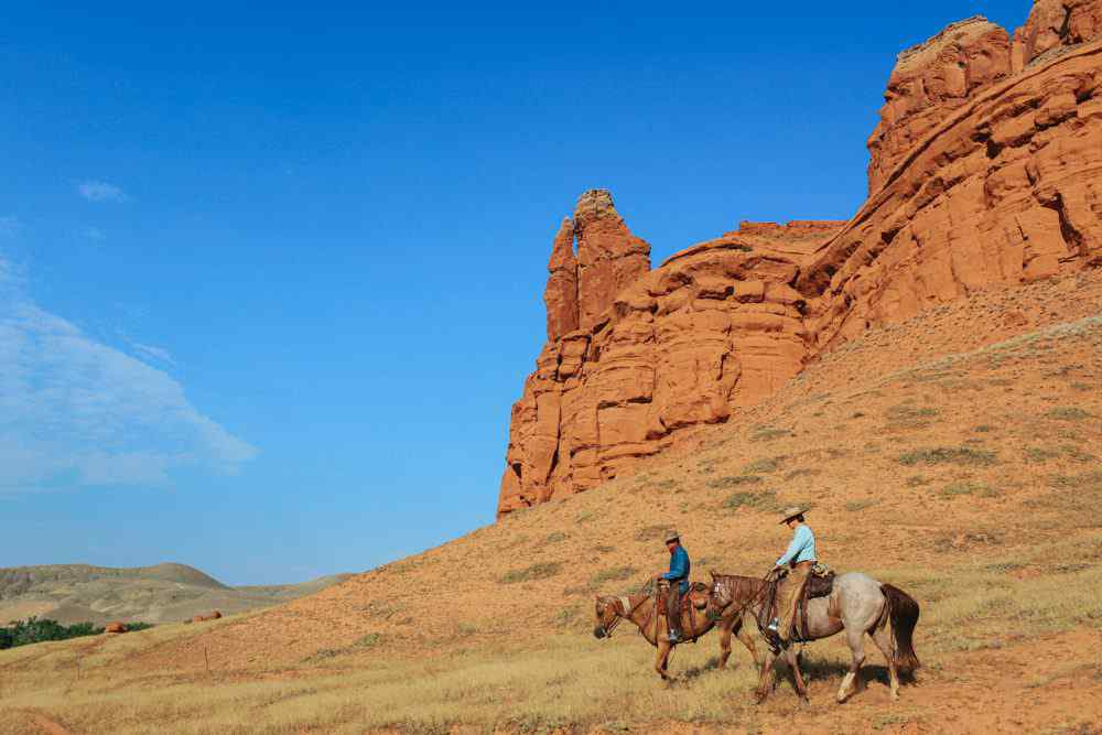 horse riding holiday shell wyoming