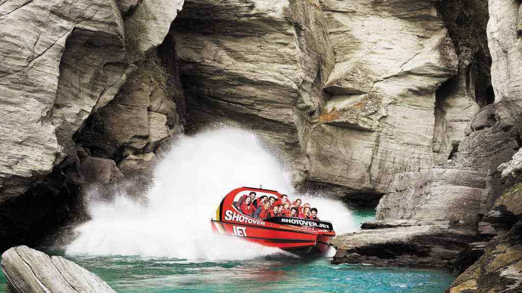 Shotover Jet_Ngai Tahu Tourism